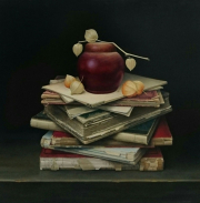 Boekenstilleven met houten pot / Still life with books and wooden pot © Aad Hofman